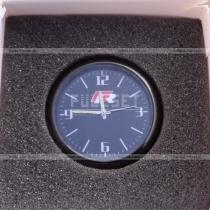 Часы с эмблемой R