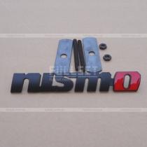 Декоративная эмблема для решетки радиатора Nismo (black)