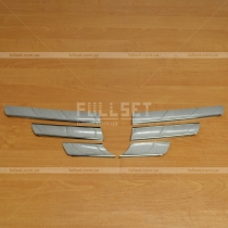 Накладки на решетку Dacia Logan MCV (05-11)