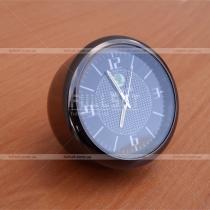 Часы с эмблемой Skoda