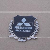 Эмблема герб Mitsubishi