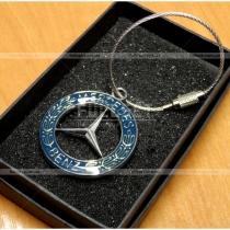 Брелок для ключей с символикой Мерседес Бенц