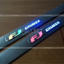 Накладки на пороги Toyota FJ Cruiser (04-12)