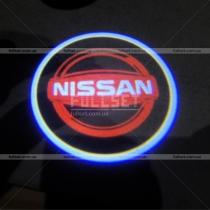 Проектор логотипа Nissan в двери