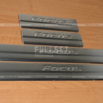 Накладки на пороги Ford Focus (2011-...)