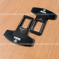 Защелки для ремня безопасности с логотипом Skoda