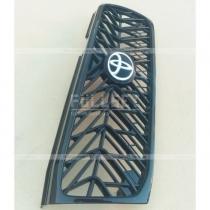 Передняя решетка радиатора Land Cruiser 100 (06-07)