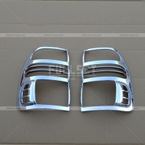 Хром накладки на задние фонари Toyota Land Cruiser 100 (98-07)