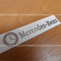 Надпись Mercedes Benz