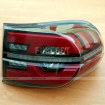 Задние фонари Toyota FJ Cruiser (04-12)