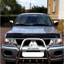 Мухобойка на капот Mitsubishi Pajero Sport (98-08)