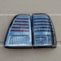 Задние стопы Toyota Land Cruiser 100 (98-07)