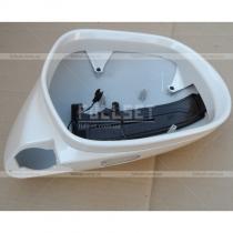 Корпусные накладки зеркал с встроенным диодным повторителем и нижней подсветкой (белый перламутр)
