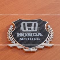 Металлический значок-герб с эмблемой Honda (размер: 6,5 см на 5,5 см)