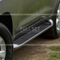Пороги боковые Toyota Land Cruiser 200 (08-...)