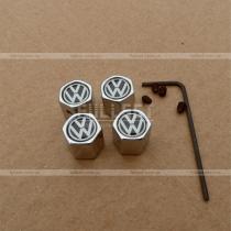 Колпачки на ниппеля с белым на черном фоне значком Volkswagen