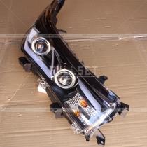 Передняя оптика Toyota Corolla (2013-...)