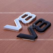 Значок на крышку багажника V8 (8см на 3,5 см)