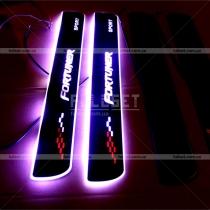 Накладки на пороги с неоновой подсветкой Fortuner