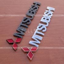 Надпись с эмблемой Mitsubishi (абс-пластик), размер: 15 см на 2,8 см