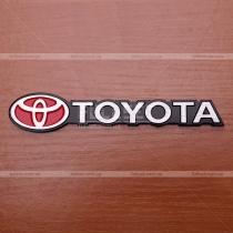 Надпись Toyota, металл