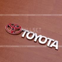 Хромированная надпись Toyota с красным значком (размер: 9 см на 2 см)