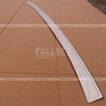 Накладка на задний бампер с загибом (высококачественная нержавейка)