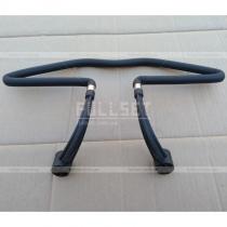 Универсальная вешалка с креплением к ножкам подголовника