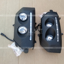 Передние противотуманки со светодиодами в черном корпусе