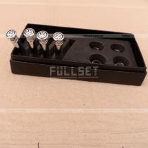 Хромированные колпачки на кнопки центральных замков с эмблемой Volkswagen
