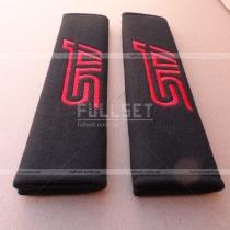 Чехлы для ремней пристегивания с вышитой надписью STI