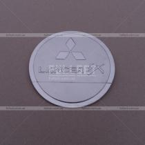 Накладка на люк бензобака Mitsubishi Lancer X (07-14)