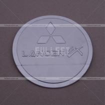 Хром накладка на лючок бензобака Lancer X