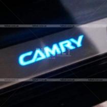 Накладки на пороги Toyota Camry v40 (06-10)