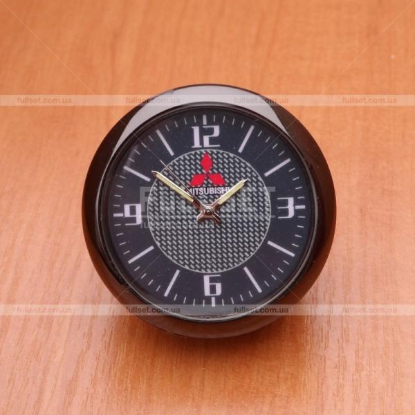Часы Mitsubishi