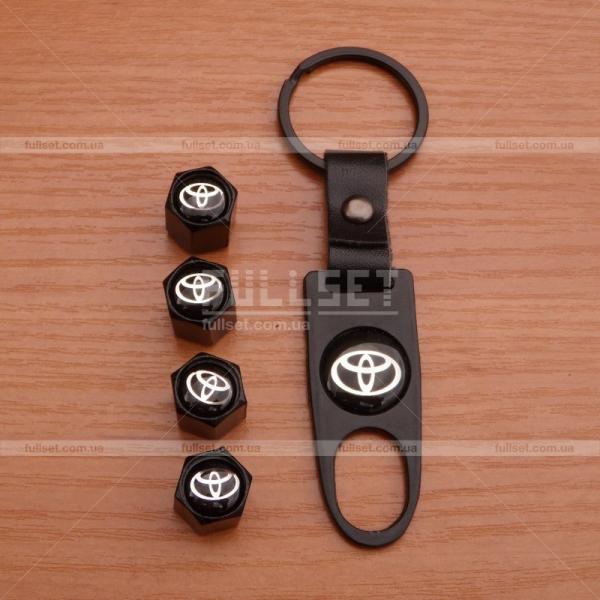 Колпачки на ниппеля Тойота черные