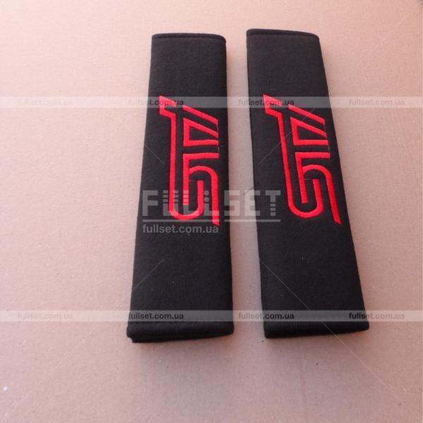 Подкладки для ремней безопасности STI